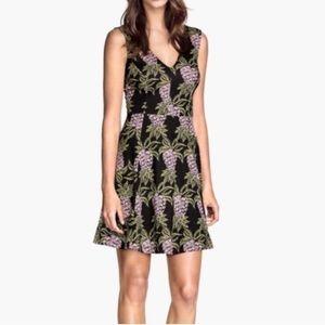H&M | Pineapple 🍍 print dress